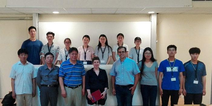Η Λέσβος εκπαιδευτικός προορισμός! </br>Εκπαιδευτική Βάση για το Πανεπιστήμιο Γεωεπιστημών του Πεκίνου στο Απολιθωμένο Δάσος &#038; το Γεωπάρκο Λέσβου