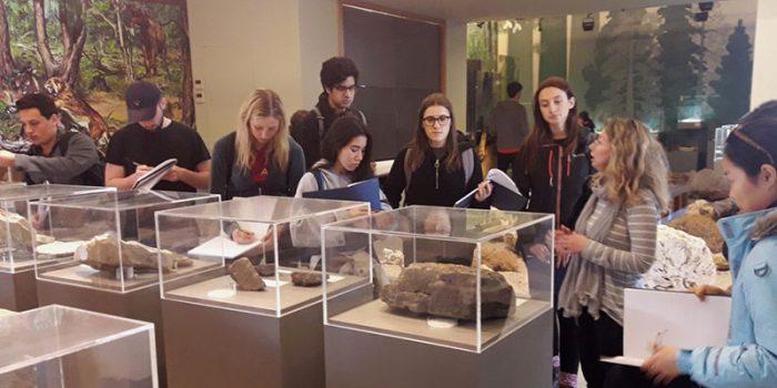 Εκπαιδευτική επίσκεψη στη Λέσβο από το  Πανεπιστήμιο του Λονδίνου</br>Μελετώντας τη γεωποικιλότητα και στοιχεία της κλιματικής αλλαγής στο Γεωπάρκο Λέσβου